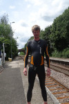 2XU P:1 Propel wetsuit fun at railway station